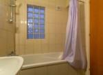 16-apartment-for-sale-in-larnaca-bathroom