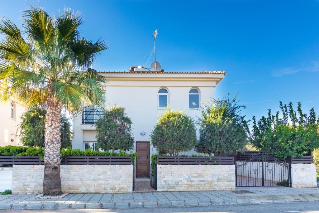 Дом в Каппарисе на продажу