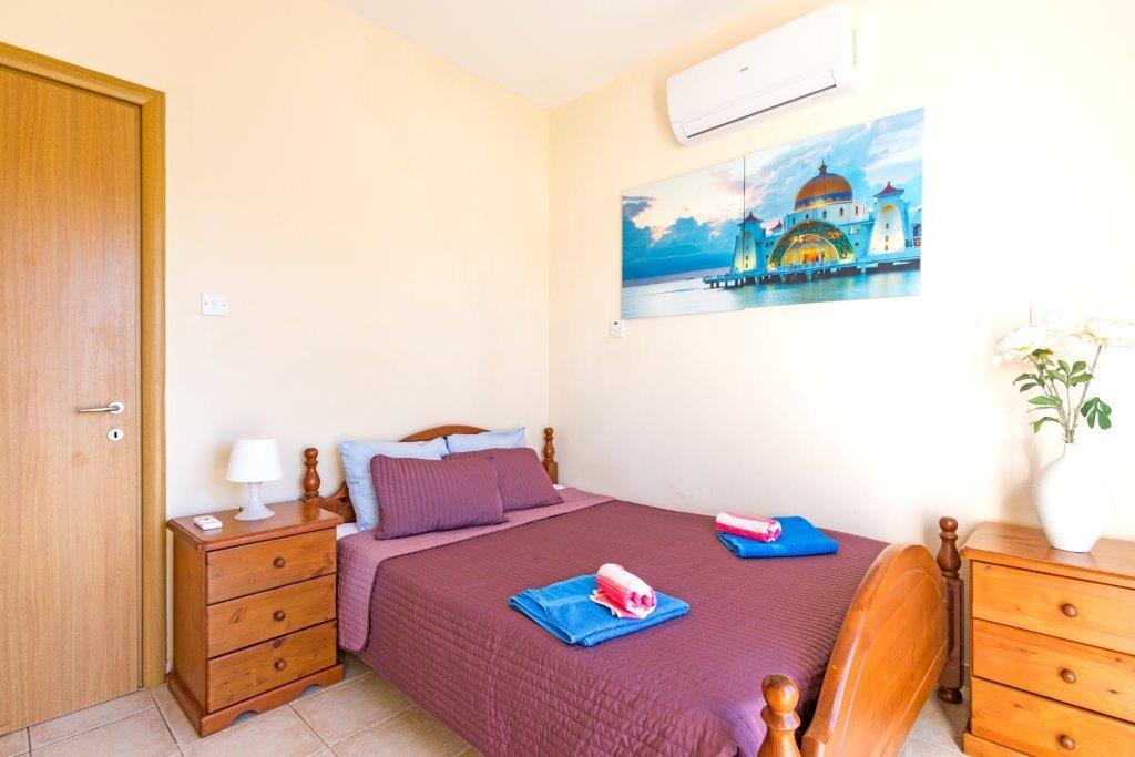 Спальня в вилле в Каппарисе