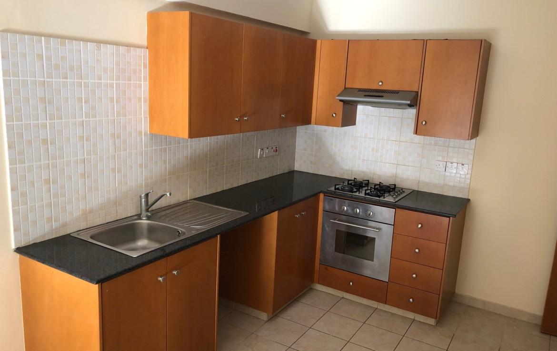 Кухня в кватире на продажу в Деринье