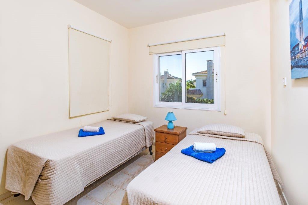 Спальня номер 2 в доме на продажу