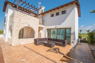 10-3-bed-villa-in-ayia-thekla