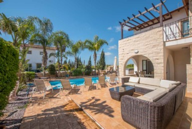 12-3-bed-villa-in-ayia-thekla