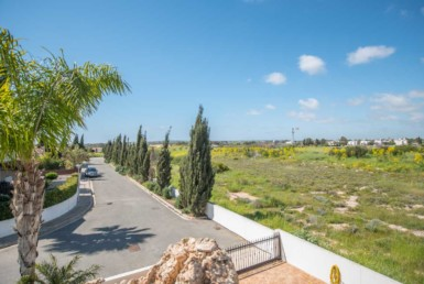 17-3-bed-villa-in-ayia-thekla