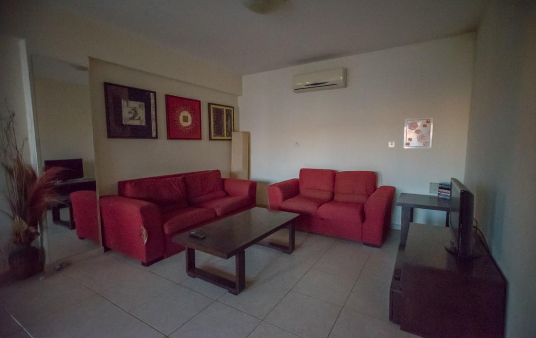 Гостиная в двуспальной квартире в Паралимни