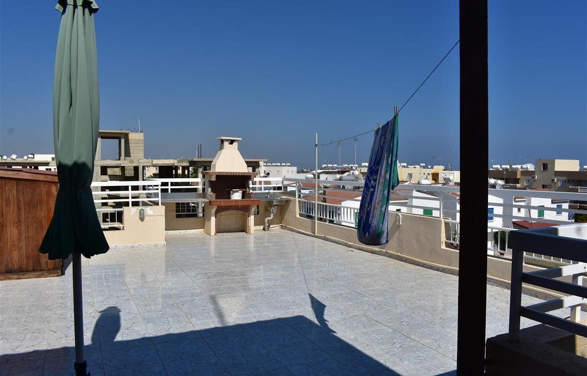 Квартира с большой верандой в Каппарисе