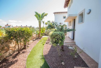 5-3-bed-villa-in-ayia-thekla