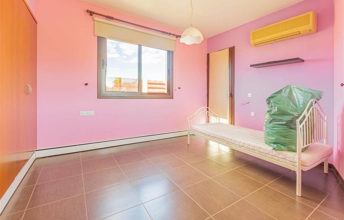 Спальня в розовых тонах в Лиопетри