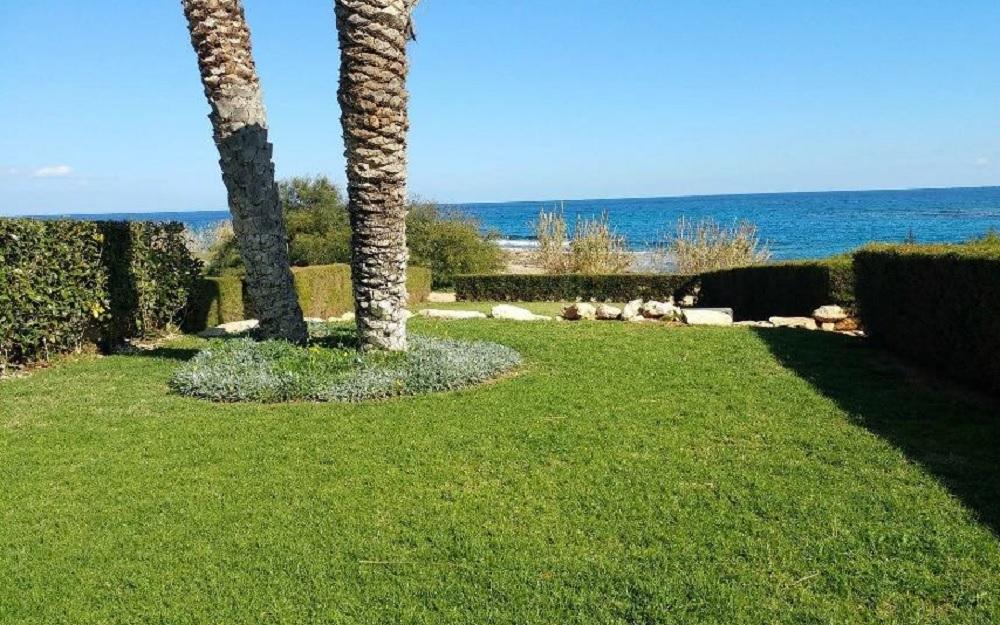 Квартира на берегу моря на продажу