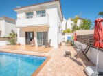 1-villa-in-pernera-for-sale