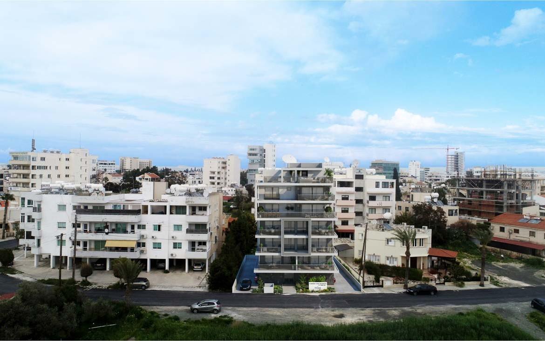 Купить новую двуспальную квартиру в Ларнаке