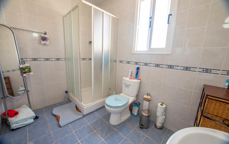 Ванная комната в апартаментах в Каппарисе