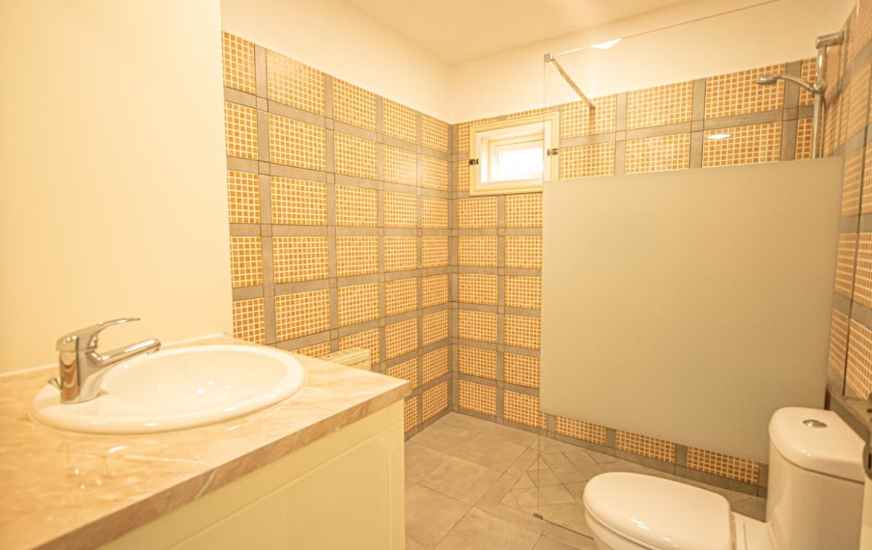 Ванная в трехспальной квартире