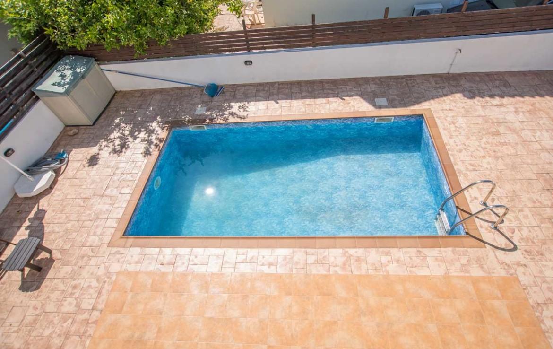 бассейн в Пернере