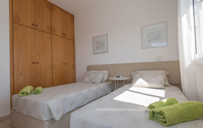 Вторая спальня в доме на продажу