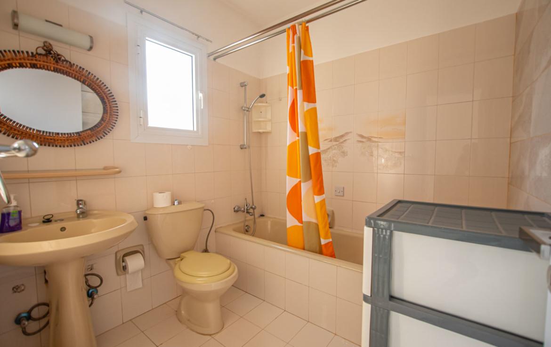 Ванная комнта в доме в Каво Греко