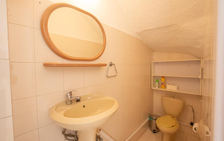 Гостевой туалет в доме в Каво Греко