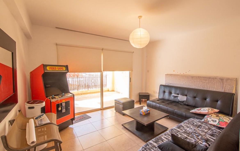 Купить небольшую квартиру в Паралимни