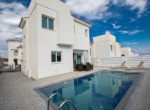 1-villa-in-cape-greco-to-buy