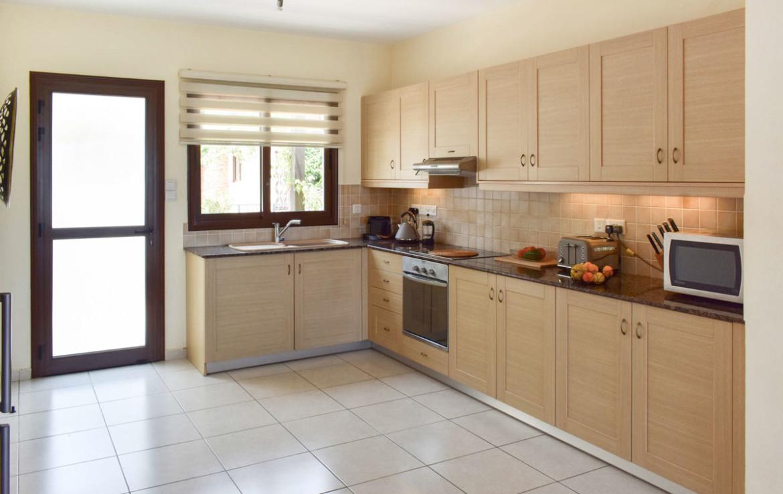 Купить дом с современной кухней