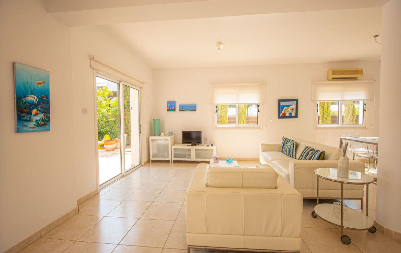 Дом на Кипре у моря