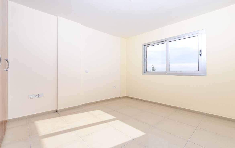 Просторные апартаменты в Паралимни