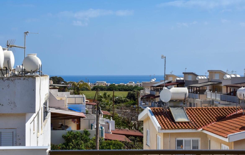Квартира в Паралимни с видом на море