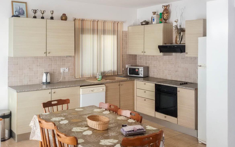 Кухня в вилле в Каппарисе