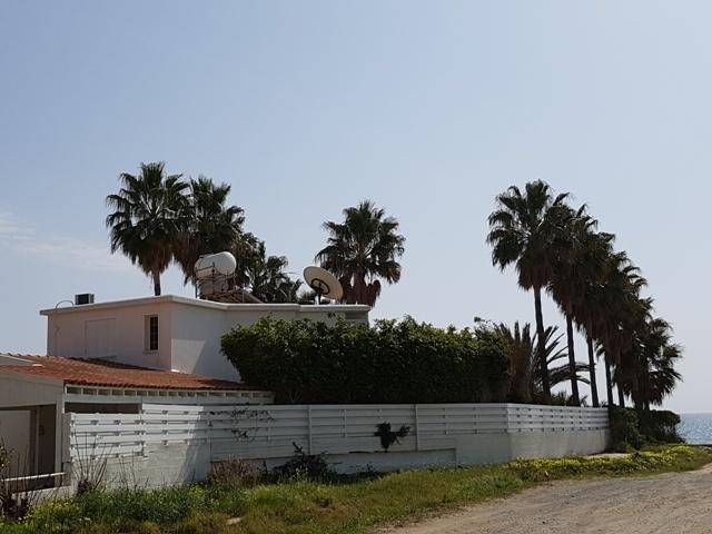 Вилла с видом на море в Ларнаке