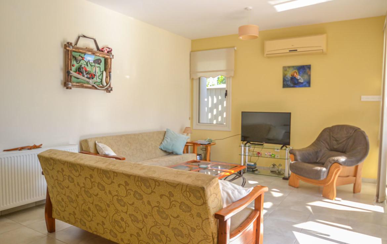 Купить уютный дом в Перволии