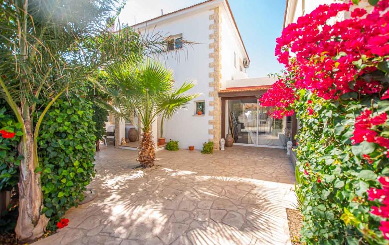 Дом купить на Кипре