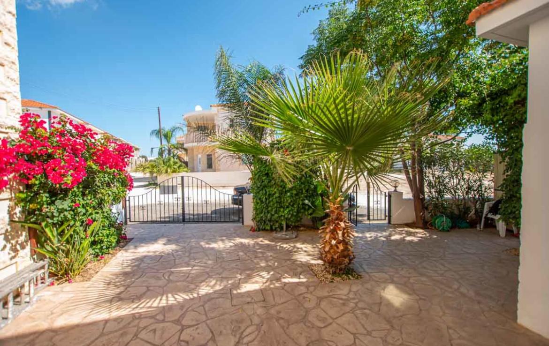 Дом купить на Кипре во Врисуллес