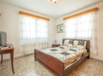 15-5-bed-house-in-paralimni-for-sale