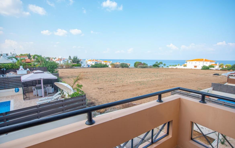 Вилла с видом на море в Каппарисе