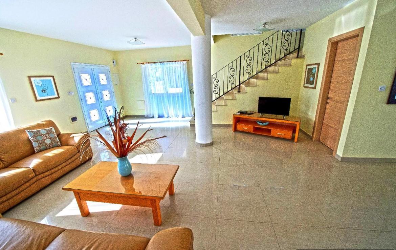 купить дом в Айя Напе