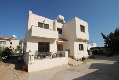 1-house-in-paralimni-5079