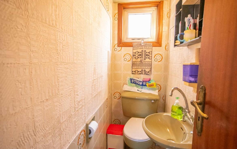 Купить дом на Кипре - туалет