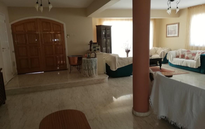 Гостиная в доме на продажу в Паралимни