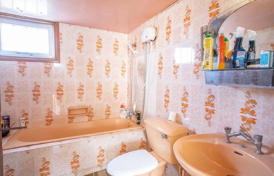Купить дом в деревне - ванная