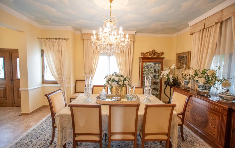 Купить дом на Кипре - гостиная