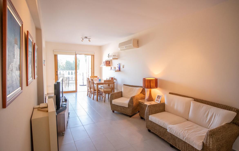 Гостиная в квартире в Паралимни