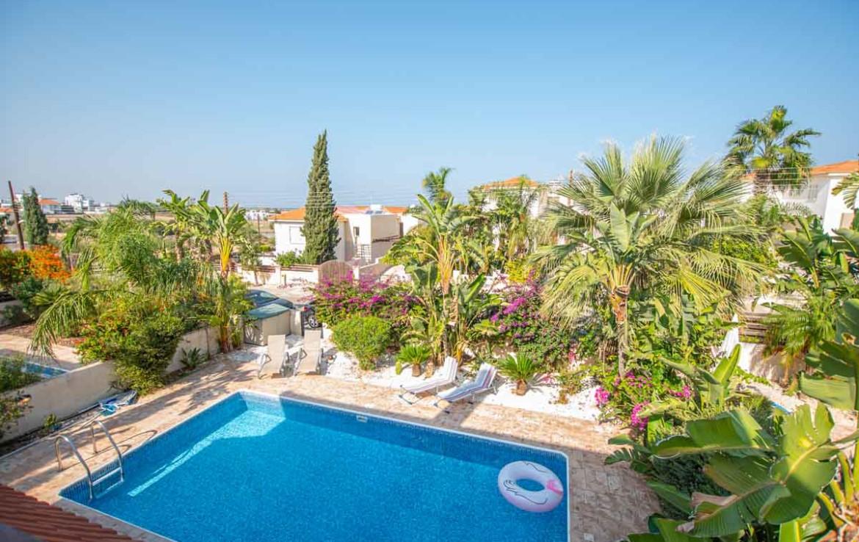 Купить виллу на Кипре - вид с балкона