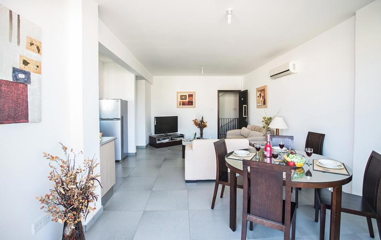 Купить квартиру в Пернере - столовая