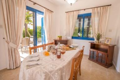 12-2-bed-villa-Ayia-Thekla-5084