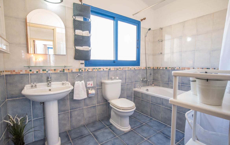 Двуспальная вилла в Айя Текла - ванная
