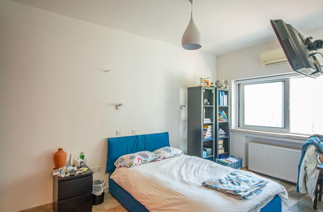Вилла с видом на море - спальня