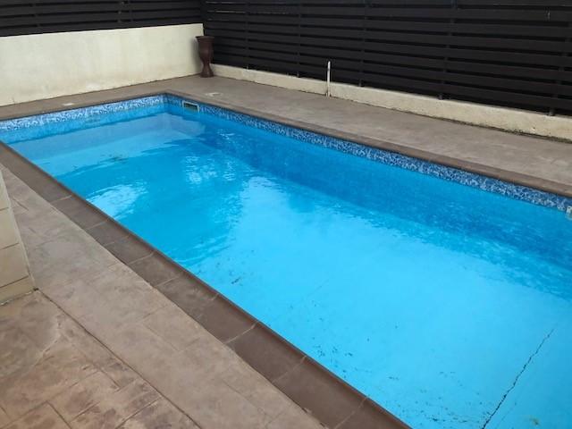 Дом с бассейном на Кипре
