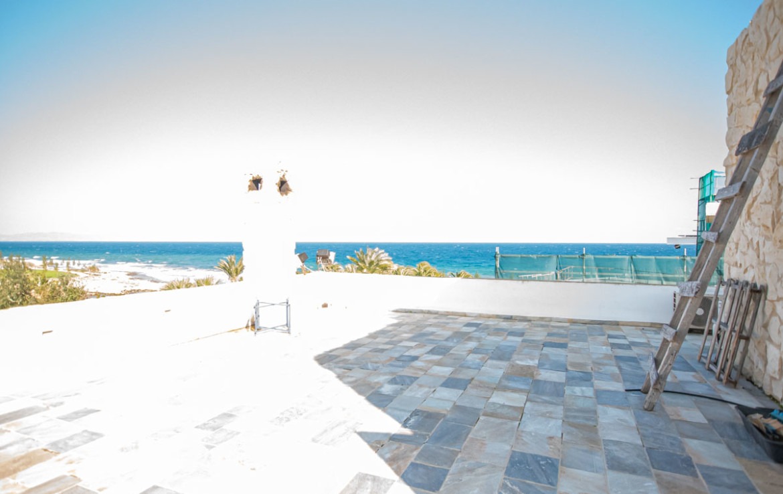 Вилла с видом на море - Огромная веранда