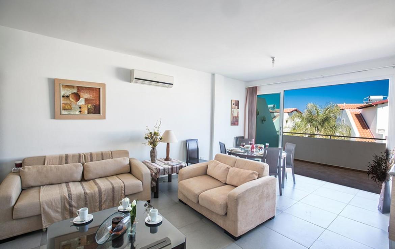 купить квартиру в Пернере - гостиная