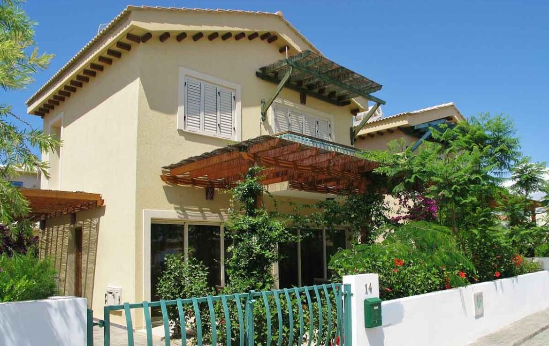 Недвижимость на Кипре у моря